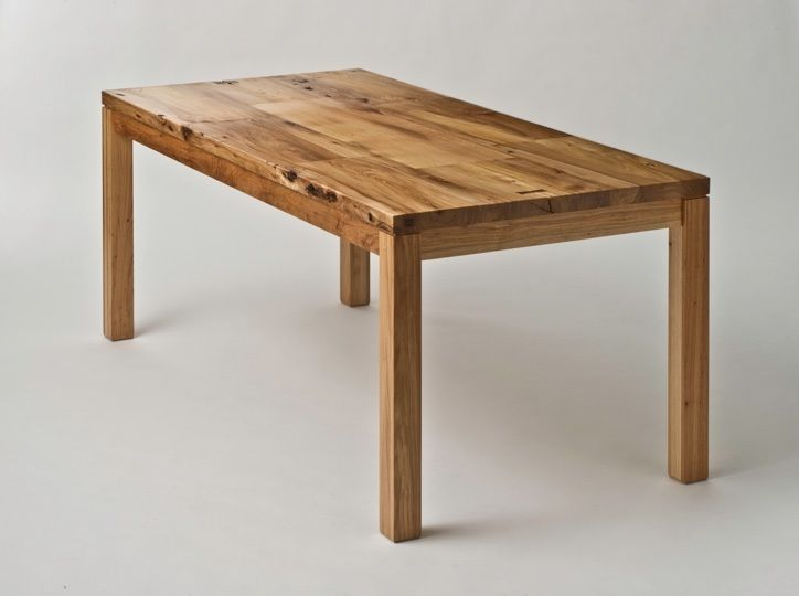 Ting Dining Table